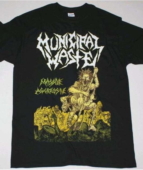 Camiseta MUNICIPAL WASTE - Massive Agressive